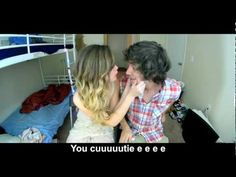 HILARIOUS! Taylor Swift - I Knew You Were Trouble - Music Video Parody (With Lyrics) Haylor(: