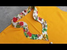 2020 मे कोलर का नया डिज़ाइन।How to mack Collar Neck/ Alvi Designs Blouse Back Neck Designs, Chudithar Neck Designs, Neck Designs For Suits, Punjabi Suit Neck Designs, Salwar Neck Designs, Kurta Neck Design, Churidar Designs, Collar Pattern, Neck Pattern