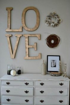 Most awesome teen girls bedroom decor to liven up your bedroom for a good daily mood.