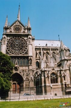 Notre Dame - 20 Cool Things to Do in Paris - http://www.confiscatedtoothpaste.com/cool-things-to-do-in-paris/