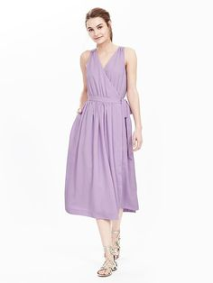 Banana Republic This sleeveless number will put sweetness in your step for the warmer days ahead. soft ties at empire waist. Body length: Regular: 48 Tall: 50 Midi/tea length hem hits at shin. Jumpsuit Dress, I Dress, Banana Republic, Lavender Dresses, Outfits 2016, Dresses For Work, Summer Dresses, Women's Dresses, Modern Outfits
