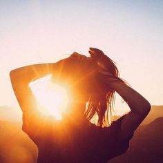 Kissedd by the sun Sun Aesthetic, Orange Aesthetic, Artsy Photos, Narnia, Girl Photography, Oeuvre D'art, Cute Pictures, In This Moment, Sunset