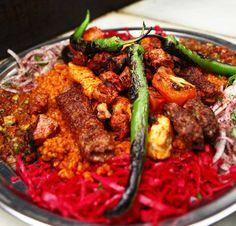 24 Things Everyone Must Eat In Birmingham Australian Food, Tasty Dishes, Tandoori Chicken, Birmingham, Dublin, Things I Want, Beef, Ethnic Recipes, Buzzfeed