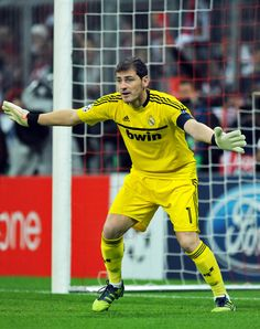 Iker Casillas Goalkeeper Tips For Soccer - image 7