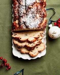 Vánoční recepty Mirky van Gils Slavíkové – vyzkoušejte její famózní vánočku a hříšné čokoládové cookies | Apetitonline.cz Pancakes, Breakfast, Food, Morning Coffee, Essen, Pancake, Meals, Yemek, Eten