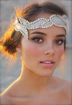 love the hairpiece and her timeless makeup