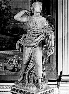 Officina romana | Figlia di Niobe corrente ()