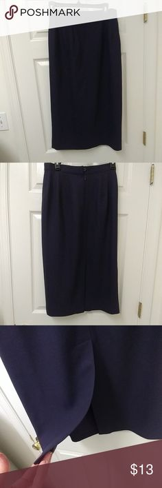 Purple pencil skirt Fully lined and in excellent condition. Measures approximately 31 inches down. Talbots Skirts Pencil