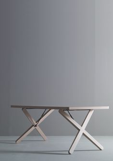 X-table | table . Tisch | Design made in Germany: Werner Aisslinger | Böwer |