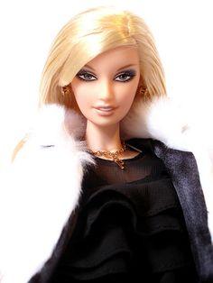 SKU# L9605  Pamela Skaist-Levy (blonde doll)