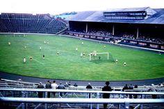 Queen's Park in action at Hampden in the Volvo P1800s, Hampden Park, Image Foot, Retro Football, Football Stuff, Celtic Fc, Football Stadiums, World History, Glasgow