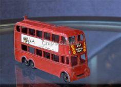 MATCHBOX MOKO LESNEY 1950'S NO. 56 LONDON TROLLEY BUS - http://www.matchbox-lesney.com/48057