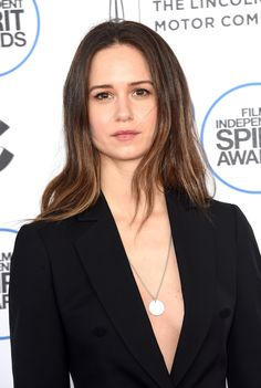EXCLUSIVE: Katherine Waterston, who co-starred in Paul Thomas Anderson's Inherent Vice, is set to star in Alien: Covenant, the Ridley Scott-directed sequel to his Prometheus. In what will be the bi...