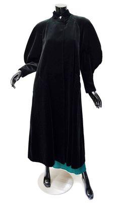 VTG Cattiva Opera Coat Sz XS S Swing Black Muttonchop Sleeves Velvet Outstanding #Cattiva #BasicCoat #OperaCoat #MuttonchopSleeves #80s #Vintage  The 80s...the 80s...I love the 80s.  Outstanding lines and unusual silhouette in this cotton velvet opera coat!
