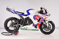 HONDA  CBR600RR  Supersport