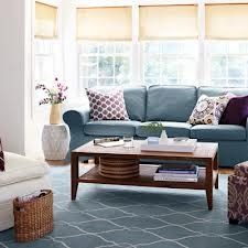 Clutter free house looks very nice.So make your home like this.   http://www.amazon.it/How-declutter-organize-your-home/dp/917463190X/ref=sr_1_1?ie=UTF8&qid=1387264933&sr=8-1&keywords=how+to+declutter+and+organize+your+home