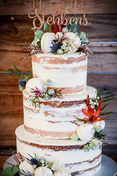 Naked wedding cake inspiration Naked cake finished with gold speckled vanilla cinnamon macarons and gorgeous native flowers wedding cakes ,wedding cake ideas Naked Wedding Cake, Funny Wedding Cakes, Wedding Cake Fresh Flowers, Wedding Cake Rustic, Wedding Cake Toppers, Wedding Colours, Macaroon Wedding Cakes, Nake Cake, Boho Wedding Dress With Sleeves