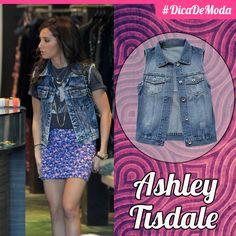 O colete jeans é a escolha certa para complementar qualquer look! Fica lindo com leggin, saia, calça, short... E todo mundo ama, né?