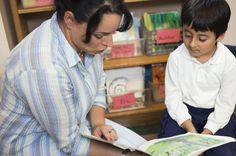 Strategies to Increase Reading Comprehension in Kindergarten Library Skills, Library Lessons, Reading Skills, Library Ideas, Kindergarten Literacy, Math Classroom, Classroom Ideas, Book Bibliography, Book Care