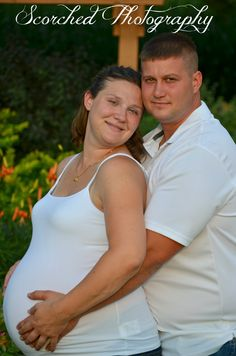 maternity session...soon to be proud parents!