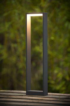 20 Extraordinary Light Sources for Your Home's Landscape Lighting Ideas Bollard Lighting, Outdoor Lighting, Lighting Ideas, Landscape Lighting Design, Lamp Socket, Garden Lamps, Outdoor Landscaping, Lamp Design, Light Decorations