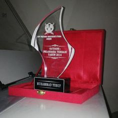 Plakat Makassar , this is our product.. acrylic award. you can contact us for more information