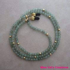 Green aventurine eyeglass chain holder by missvalscreations #eyeglasschain #greenaventurine #etsy