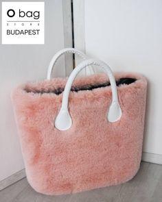 141 отметок «Нравится», 2 комментариев — O Bag Store Budapest (@obaghungary_official) в Instagram: «Te is mű szőrme rajongó vagy? Akkor ez a huzat Neked való! ❤ #obag #bag #fashion #style #obagworld…»