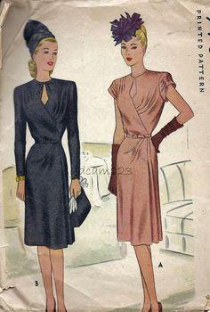 McCalls 6262 Vintage 1940s Keyhole Bodice Dress w Pleated Bodice