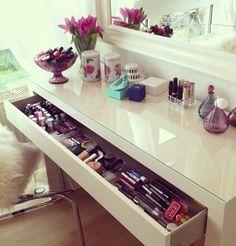 Dressing table | Decoration | Vanity Table | Romm | Bedroom | Home | Design | Storage Makeup