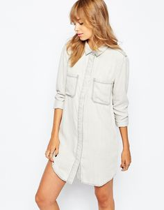 Comfortable, White Shirt Dress With Contrast Stitching.