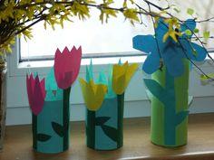 Vyrábíme s dětmi – jarní kytičky z ruliček od toaletního papíru | Maminky.eu