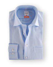 Olymp Overhemd Blue Derby  Deze Olymp Overhemd Blue Derby met een pasvorm Modern-Fit is gemaakt van Katoen in de kleur Blauw met Enkel Manchet en Lange mouw met een Uni dessin en wordt gratis bij u thuisbezorgd met artikelnummer 14100525. U kunt het artikel online terug vinden onder Zakelijke overhemden van het herenkleding merk OLYMP  EUR 64.95  Meer informatie