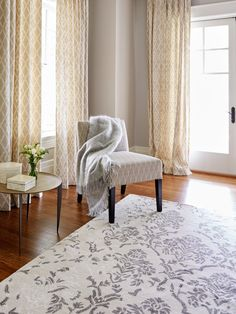 How to find the right rug: color, texture, fiber choice, and more. #sponsored #macys #rugs
