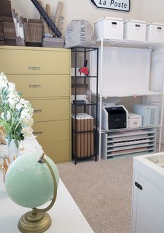 IHeart Organizing: Reader Space: A Studio to be Smitten With!