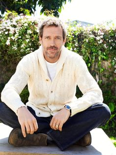 Hugh Laurie, these older men get me everytime. Gregory House, Hugh Laurie, Mel Gibson, Beautiful Men, Beautiful People, House Md, Aka House, Raining Men, Cute Actors