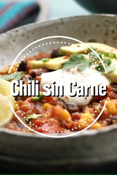 Chili sin Carne A classic of vegetarian cuisine: our recipe for Chili sin Carne will surely make you Stew Meat Recipes, Hamburger Meat Recipes, Potluck Recipes, Chili Recipes, Easy Dinner Recipes, Slow Cooker Recipes, Breakfast Recipes, Chicken Recipes, Easy Meals