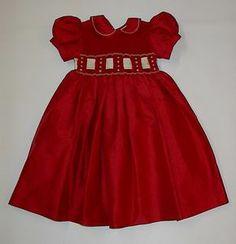 Smocked Christmas Dresses #smockeddresses #girls