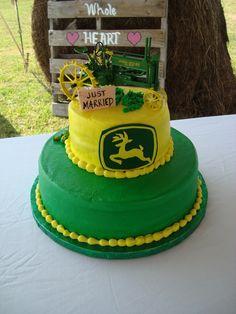 Kristina Neuenschwander John Deere Wedding Cake...different topper ...