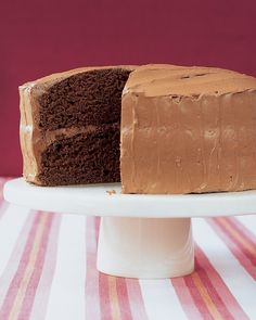 Velvet Cocoa Cake with Instant Buttercream i want to try this frosting. it has marshmallow fluff in it! Velvet Cocoa Cake with Instant Buttercream i want to try this frosting. it has marshmallow fluff in it! Buttercream Recipe, Frosting Recipes, Cake Recipes, Dessert Recipes, Chocolate Buttercream, Frosting Types, Whipped Frosting, Fluffy Frosting, Ganache Frosting