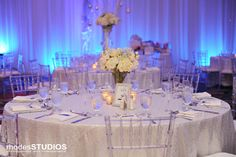 We can't get enough of these table settings at Rosen Plaza in Orlando, Florida. #RosenPlaza