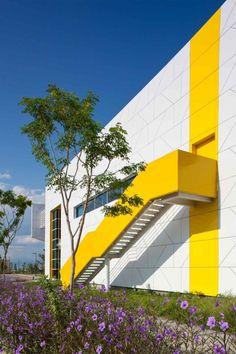 Centro de Tecnología e Innovación XIGNUX by Bernardo Hinojosa (APODACA, NUEVO LEON) #architecture