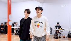 Vmin, Bts Bangtan Boy, Bts Taehyung, Seokjin, Hoseok, Namjoon, Bts Maknae Line, Japanese Boy, Korean Bands