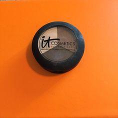 IT Cosmetics Hydrating Eyeshadow Trio Color is Pretty in Winter - like new!! IT Cosmetics Makeup Eyeshadow
