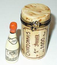 LIMOGES BOX ~ ELDA ~ WINE CORK & CHARDONNAY 2000 BOTTLE ~ GRAPES ~ PEINT MAIN