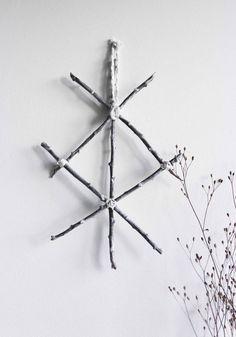 Protection . Décoration murale viking rune de par BoudoirDuChaman: