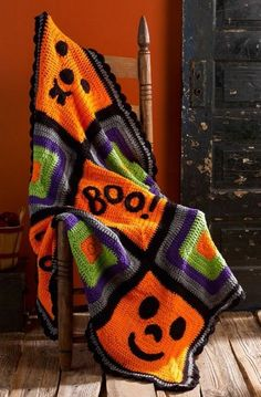 Knitting Patterns Funny Pumpkin Face Throw free crochet pattern in Super Saver yarn. If you& decorating for Halloween,. Crochet Fall, Holiday Crochet, Free Crochet, Knit Crochet, Crochet Mandala, Crochet Afghans, Crochet Throws, Crochet Crafts, Crochet Projects