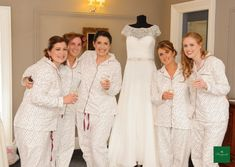 The ultimate bride squad! 📸 by Kevin Morris Bridal Suite, Bridesmaid Dresses, Wedding Dresses, Squad, Photography, House, Beautiful, Fashion, Bridesmade Dresses