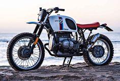 BMW Paris Dakar replica by the custom motorcycle builder Svako. Bmw Cafe Racer, Cafe Racers, R65, Bmw S1000rr, Bmw Boxer, Bike Bmw, Motorcycle Bike, Motorcycle Adventure, Classic Motorcycle