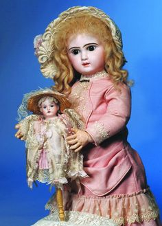 Love antique French dolls...